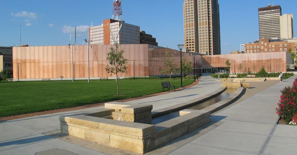 Des Moines Library