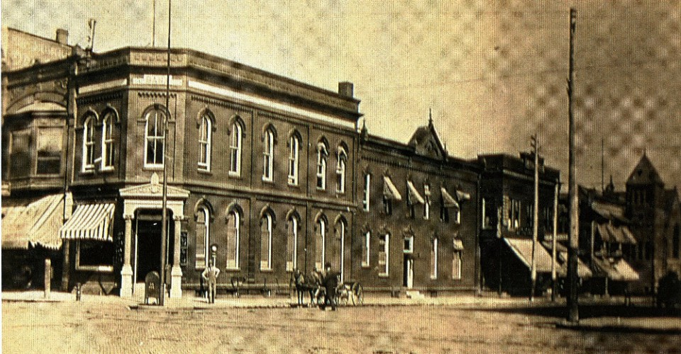 1800s Iowa Building